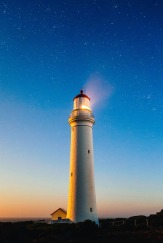 lighthouse-980457_1280