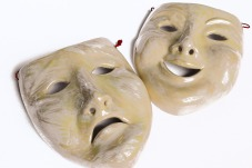 masks-701837_1920
